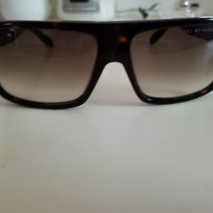 Marc Jacobs Accessories - Marc Jacobs Sun Glasses